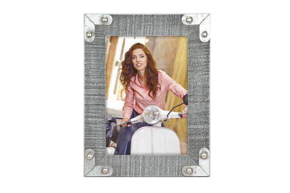 Ξύλινη κορνίζα 15x20cm Ivrea Grey από το Print-Photos-Online.com