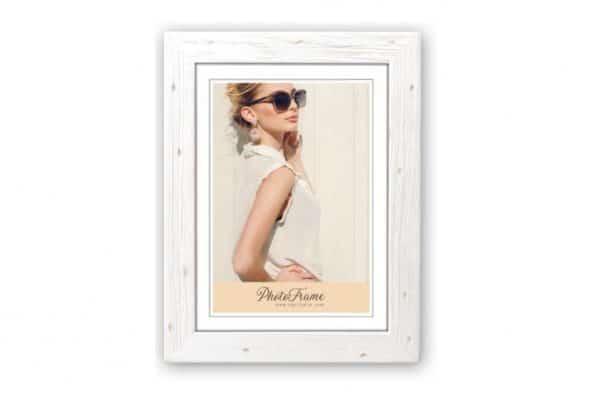 Ξύλινη κορνίζα Retro από το Print-Photos-Online.com
