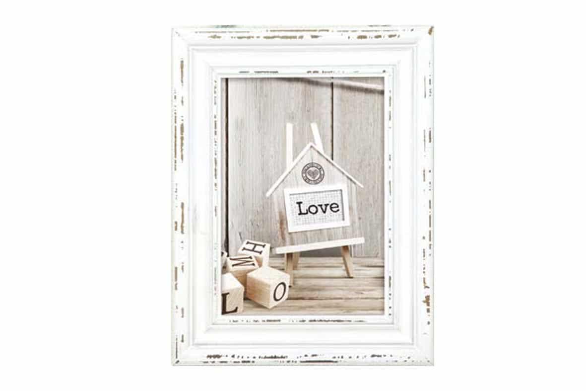 Ξύλινη κορνίζα Rivoli White από το Print-Photos-Online.com